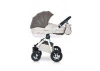 Expander Mondo Ecco (2 в 1)Expander Mondo Ecco (2 в 1)<br><br>Комбинированная коляска: съемная пластиковая люлька с регулируемой спинкой, съемное прогулочное сидение, алюминиевая рама, регулируемая ручка, накидка на ноги, регулируемая подножка, чехол от дождя, москитная сетка, сумка, корзина для продуктов, надуные колеса с подшипниками, передние вращающиеся колеса.<br><br>ХАРАКТЕРИСТИКА:<br><br><br>современная многофункциональная коляска с возможностью монтажа на нем детского автокресла группы 0+,<br><br>легкий алюминиевый стеллаж,<br><br>большая удобная корзинка с регулированием опоры и матрасиком,<br><br>внешнее регулирование опоры в корзинке,<br><br>сидение прогулочной версии с возможностью монтажа передней и задней частью к направлению езды,<br><br>4-ступенчатое регулирование опоры сидения вплоть до полностью плоской позиции,<br><br>регулирование подножки,<br><br>дополнительный матрасик на сидении,<br><br>многоступенчатая регулировка козырька коляски прогулочной версии,<br><br>практическая подножка для ребенка,<br><br>чехол на ножки ребенка,<br><br>дополнительный шаговый ремень, который крепится к защитной перегородке,<br><br>5-точечные ремни безопасности,<br><br>защитная перегородка с регулировкой высоты,<br><br>подножка и защитная перегородка, предохраненные пленкой,<br><br>ручка коляски, обшитая экологической кожей,<br><br>регулирование высоты ручки,<br><br>большая корзина для покупок с практическим покрытием,<br><br>большая практическая сумка, которая крепится к ручке коляски,<br><br>легкий доступ к корзине,<br><br>противодождевой чехол,<br><br>москитная сетка,<br><br>перемоточное приспособление,<br><br>накачиваемые колеса на подшипниках,<br><br>передние самоустановочные колеса с возможностью блокировки для движения прямо,<br><br>центральный тормоз<br><br>регулировка стойкости подвески.<br><br><br>ТЕХНИЧЕСКИЕ ДАННЫЕ: Разложенный стеллаж с колесами: 101 x 59 x112<br>Сложенный стеллаж с колесами: 80 x 59 x3 9<br>Диапазон регулирования ручки (от земли): 77-121<